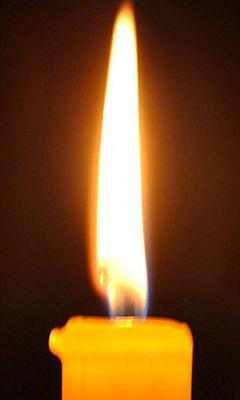 科学家发现火焰中 迸发 钻石