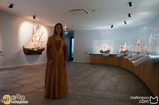 馆里面还有一个boat trip(是的!就在这个小博物馆里面!),模拟当...