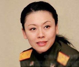 中国女将军刘敏资料简历 最美丽最年轻的女少将
