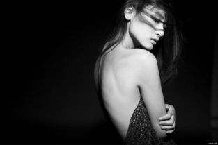 ...透明皮肤 女生网名 伤感网名QQ个性签名 伤感签名 伤感分组 伤感日...