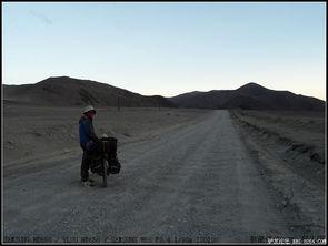 红尘路途-太阳下山 立即变冷   还有好多路要赶   黑的快   22:42到K527里程碑   ...