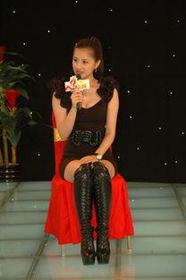 杨青倩简介   英文名:Lena   身高:166   体重:45   院校:上海戏剧学...