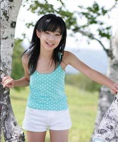 日本幼齿女星初发育 胴体散发逼人青春气息
