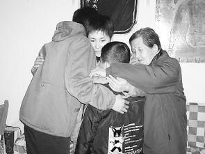 北京古稀之年养老院长领养杀人犯两名孩子