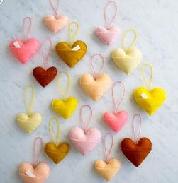 创意布艺手工制作 漂亮的心形小挂饰