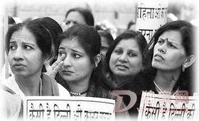 印度在校遭强奸女生被禁上课 影响学校风气